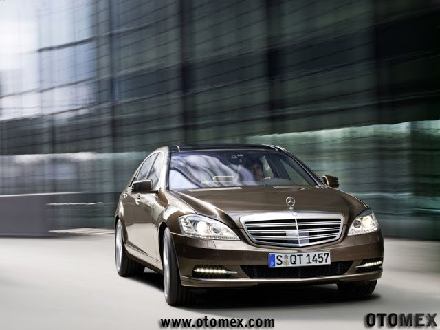 Mercedes-Benz-S-Class_2010
